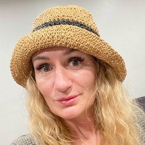 Aerie Straw Floppy Bucket Summer Hat One Size